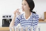 Vì sao bạn nên uống nước sạch mỗi ngày ?