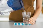 Điểm danh 4 thói quen sai lầm cần tránh khi uống nước