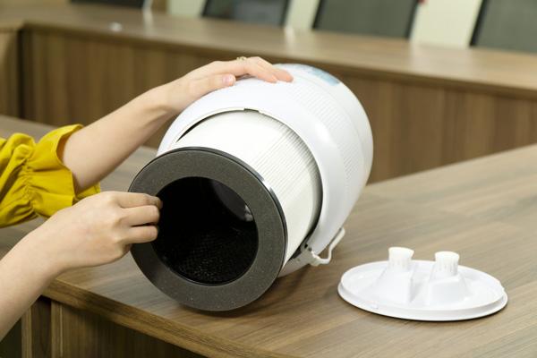 máy lọc không khí diệt virus